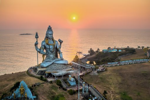Lord Shiva temple in Murudeshwar Karnataka where our tradition of Veda chanting comes from